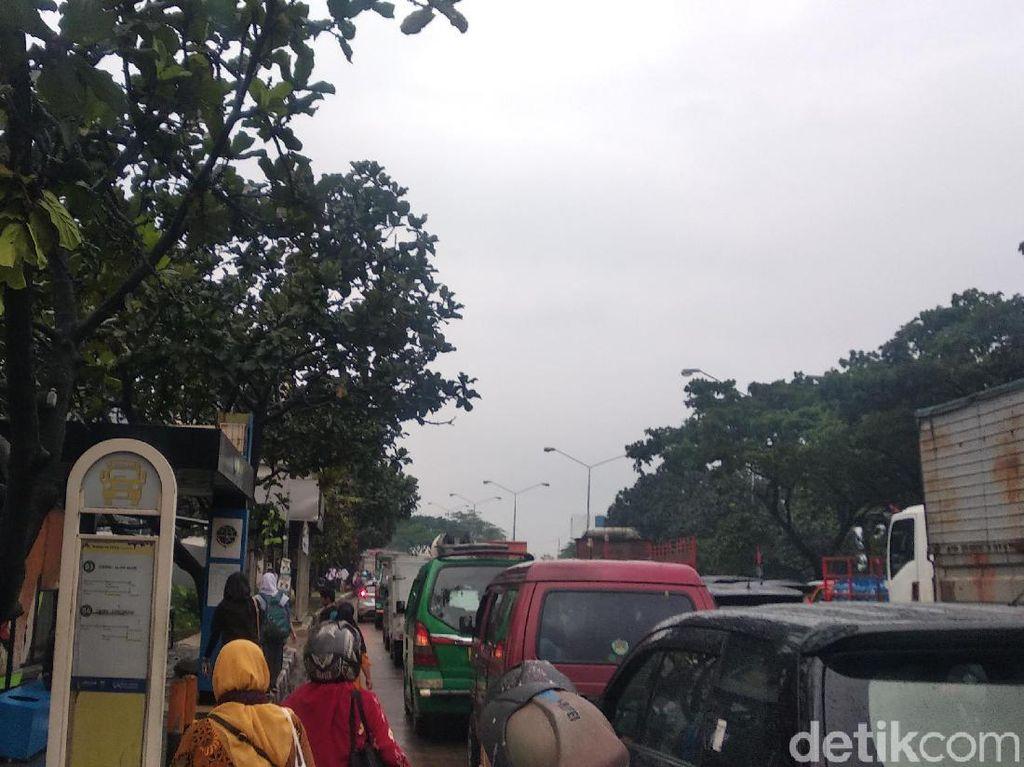 Gedebage Bandung Kembali Banjir, Lalu Lintas Macet
