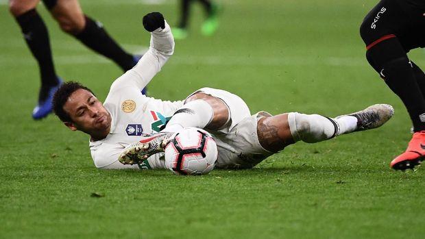 Neymar kerap mengalami cedera selama bergabung bersama PSG. (