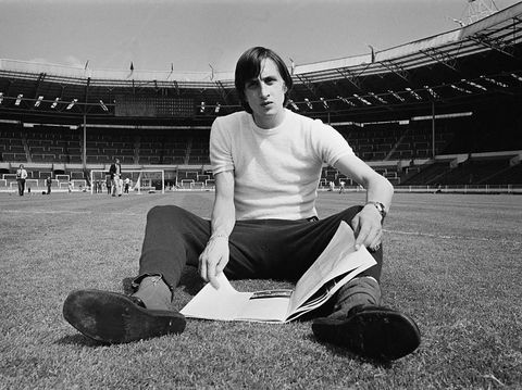 Dutch footballer Johan Cruyff (1947 - 2016) of Dutch team Ajax Amsterdam, in Wembley Stadium, London, UK, 1st June 1971.  (Photo by R. Powell/Daily Express/Getty Images)