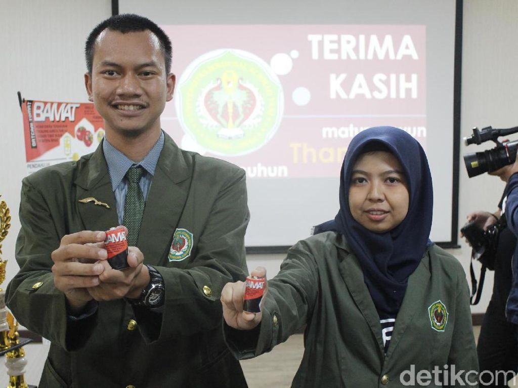 Bamat, Baterai Berbahan Baku Tomat Busuk yang Ramah Lingkungan
