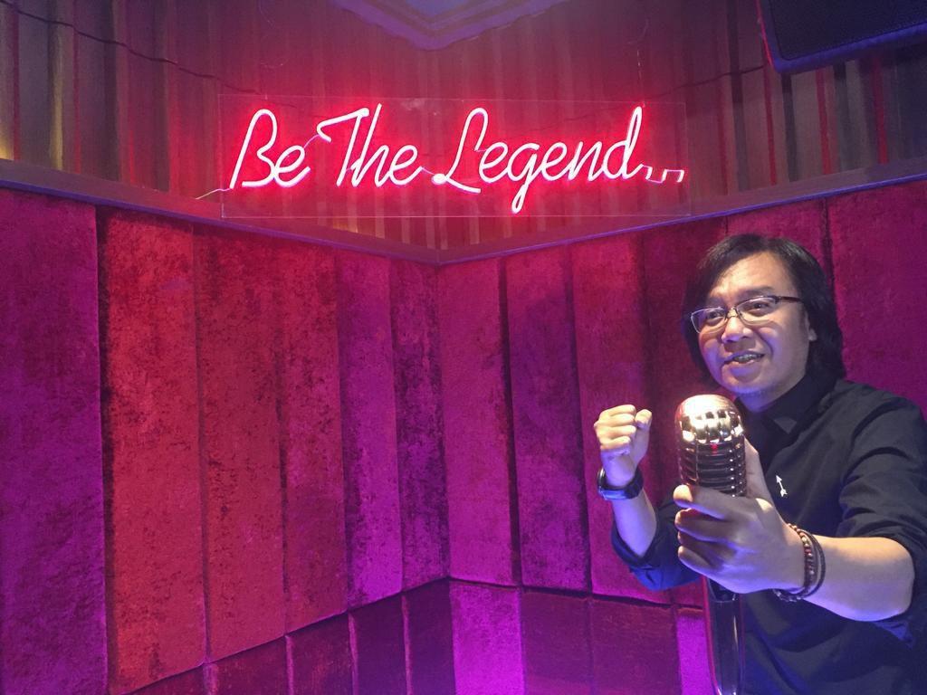 Sukses Jadi Penyanyi, Ari Lasso Buka Usaha Karaoke