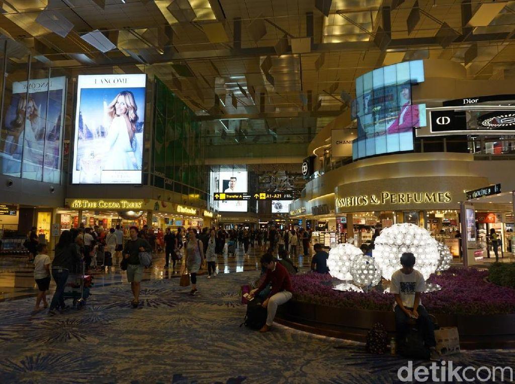 Ferry ke Batam Sampai Limosin, Fasilitas Baru Bandara Changi Singapura