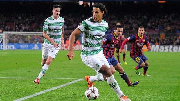 Virgil van Dijk saat berseragam Celtic.