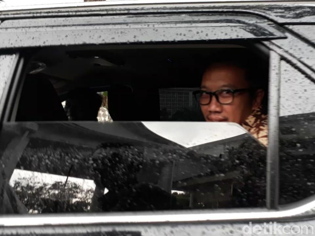 Menpora Imam Nahrawi Menghadap Jokowi ke Istana