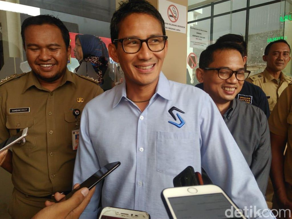 Tak Diundang ke Ijtimak Ulama III, Sandiaga Gelar Syukuran di Padang