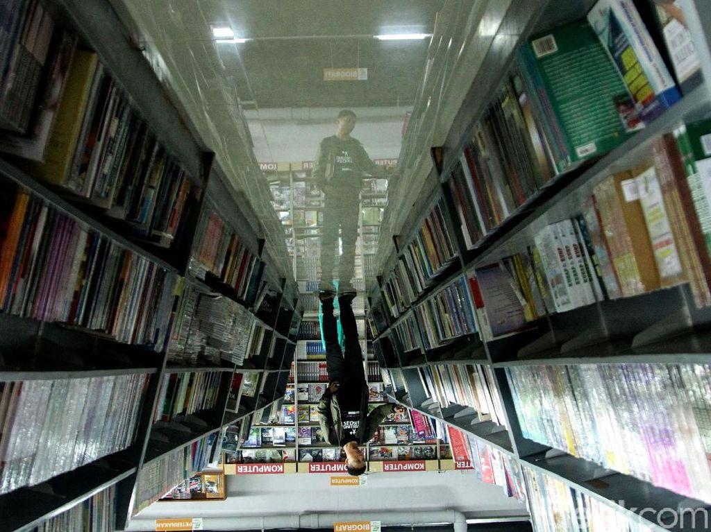 Berburu Buku Murah di Jakbook Pasar Kenari
