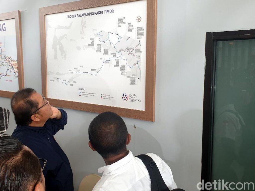 Menkominfo Curhat ke Jokowi Susahnya Bangun Palapa Ring Timur
