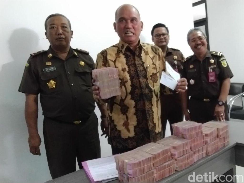 Terdakwa Korupsi Mading Kendal Kembalikan Uang Rp 4,4 M