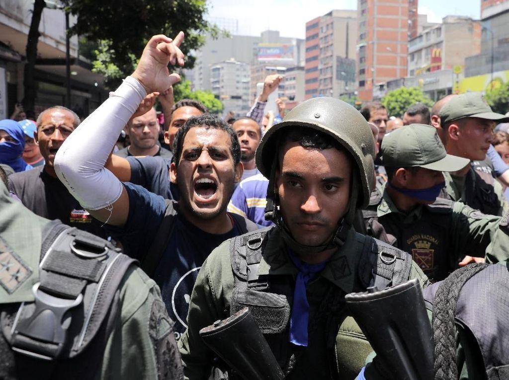 Usai Upaya Kudeta, 25 Tentara Venezuela Minta Suaka ke Kedubes Brasil