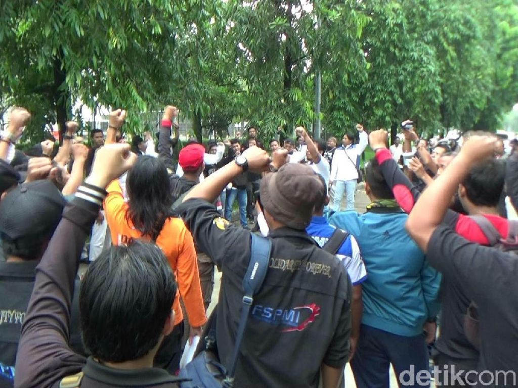 May Day, Buruh di Jabar Gelar Long March ke Gedung Sate