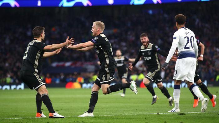 Ajax menang 1-0 di markas Tottenham Hotspur di leg pertama semifinal Liga Champions (Foto: Julian Finney/Getty Images)