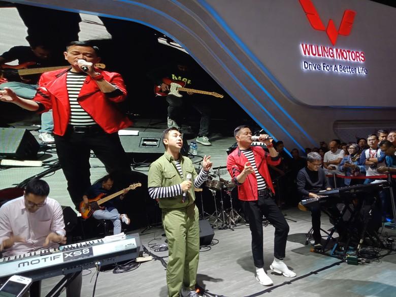 Tampil Beda, Wuling Rayu Pengunjung IIMS 2019 Lewat Kahitna