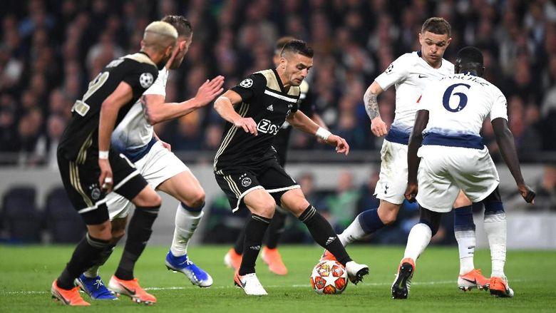 Bermain di Tottenham Stadium, Rabu (1/5/2019) dinihari WIB, Ajax langsung tampil menekan. (Foto: Julian Finney/Getty Images)