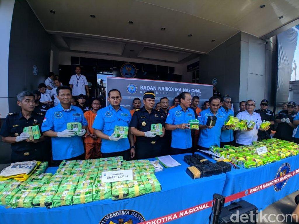 BNN Ungkap Kasus Sabu dalam Kemasan Teh China di Sumatera