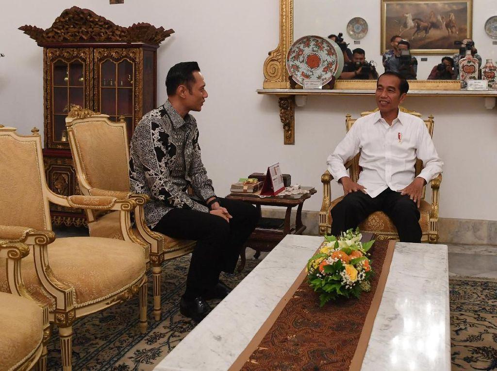 Jokowi: Pertemuan dengan AHY Berpayung Semangat untuk Bersama Majukan RI