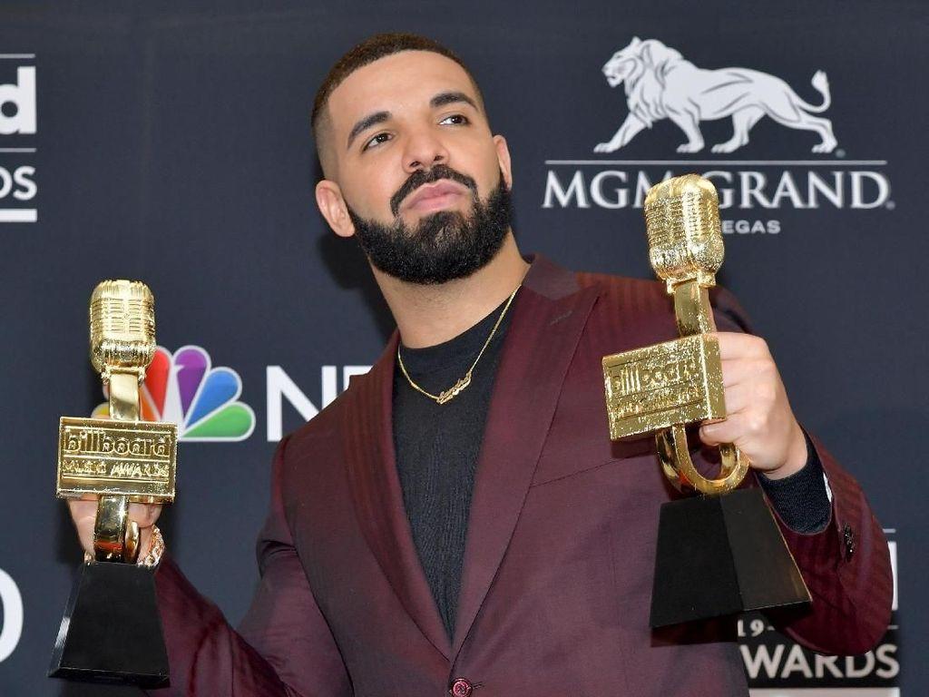 Ngefans GoT, Drake Berikan Kemenangan di Billboard Music Awards ke Arya Stark
