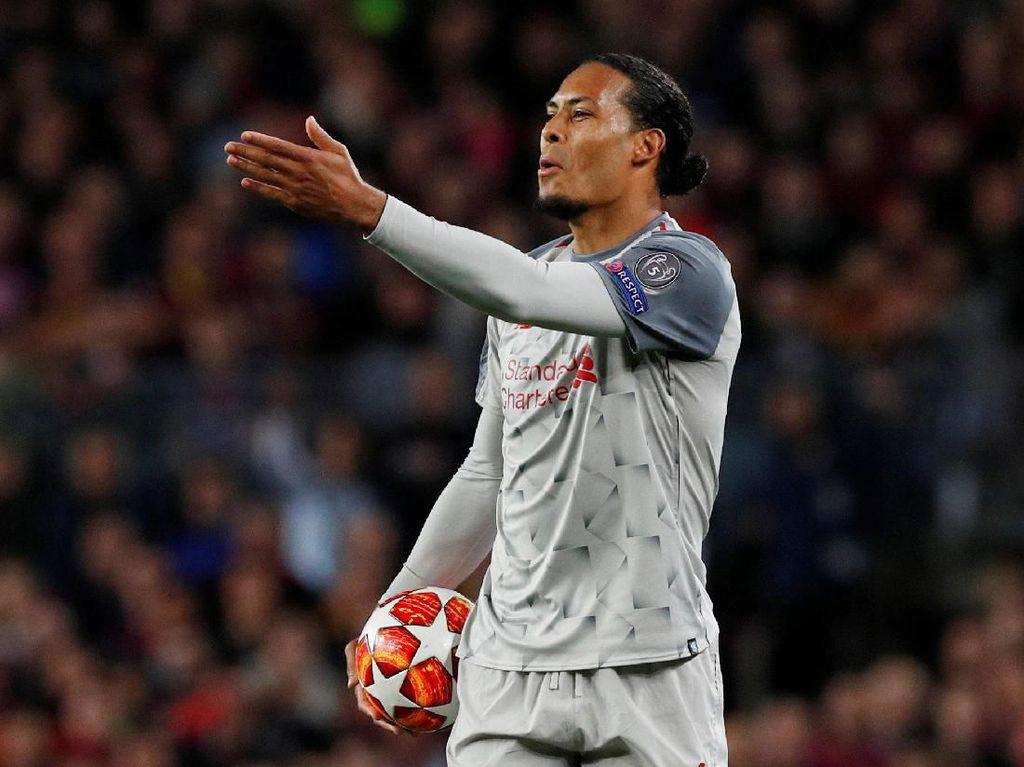 Jelang Liverpool vs Barcelona, Kondisi Van Dijk Jadi Sorotan