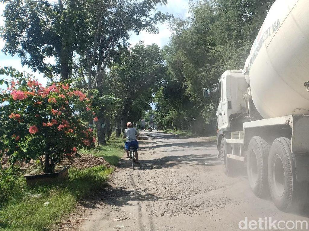 300 KM Jalan Rusak Akibat Proyek Tol, Warga Nganjuk Ancam Blokir Trans Jawa
