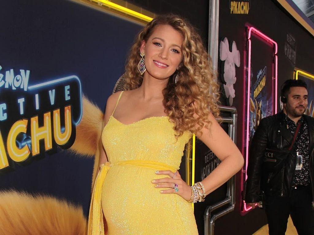 Foto: Penampilan Blake Lively yang Tetap Seksi di Kehamilan Anak Ketiganya