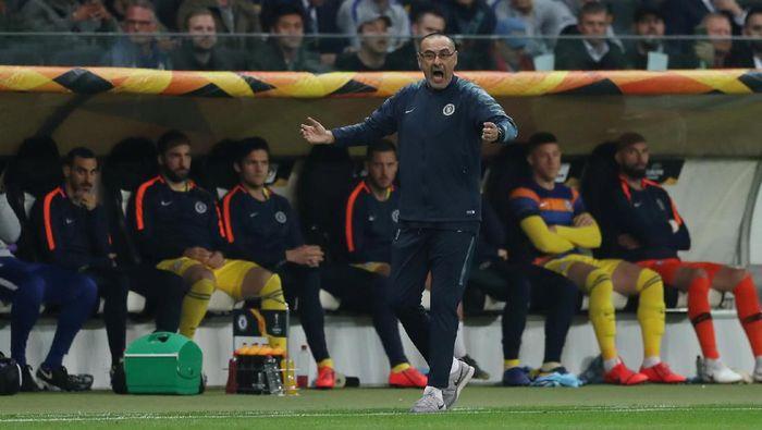 Maurizio Sarri menilai Chelsea seharusnya bisa mencetak gol lebih banyak ke gawang Eintracht Frankfurt (Foto: Lee Smith/Action Images via Reuters)