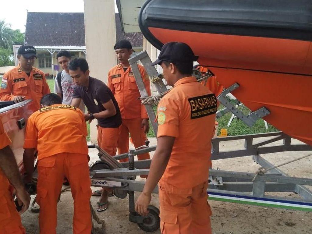 Tim SAR Lanjut Cari 2 ABK Kapal Angkut Bawang yang Hilang di Bima