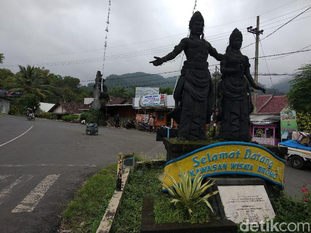 Jasa Wisata Satu Malam di Bromo Dikeluhkan Pengusaha Restoran