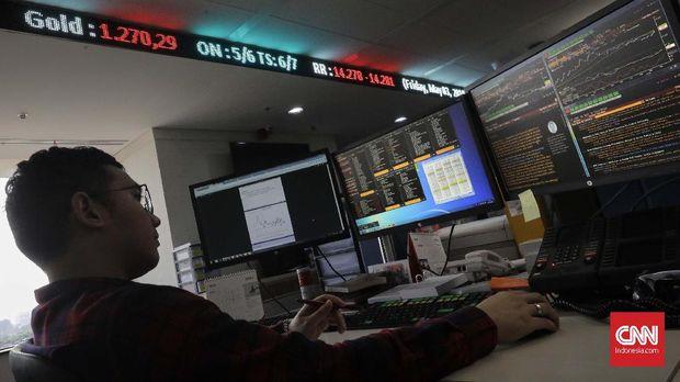 Ilustrasi pialang saham di Bursa Efek Indonesia. (