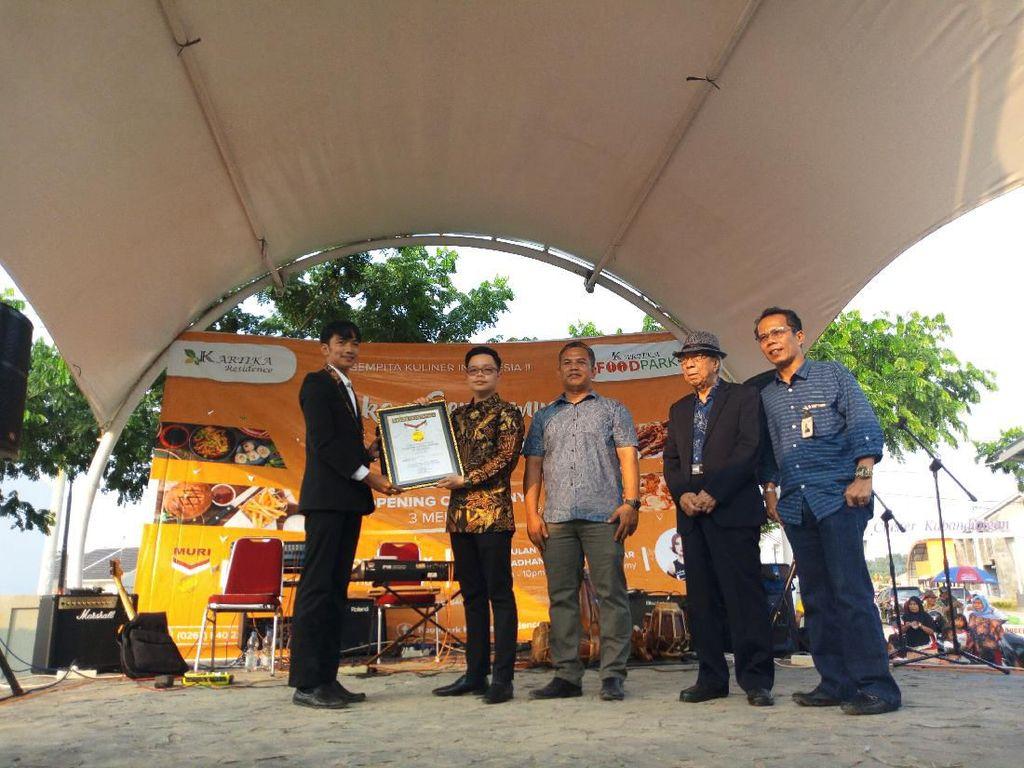Food Park di Karawang Pecahkan Rekor MURI Punya Franchise Terbanyak