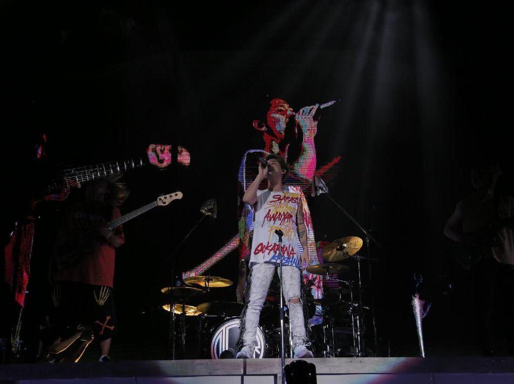 Tiket Konser One Ok Rock di Jakarta Sold Out!