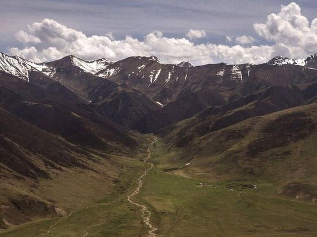 Manusia Purba yang Bertahan dalam Cuaca Ekstrem Ditemukan di Tibet
