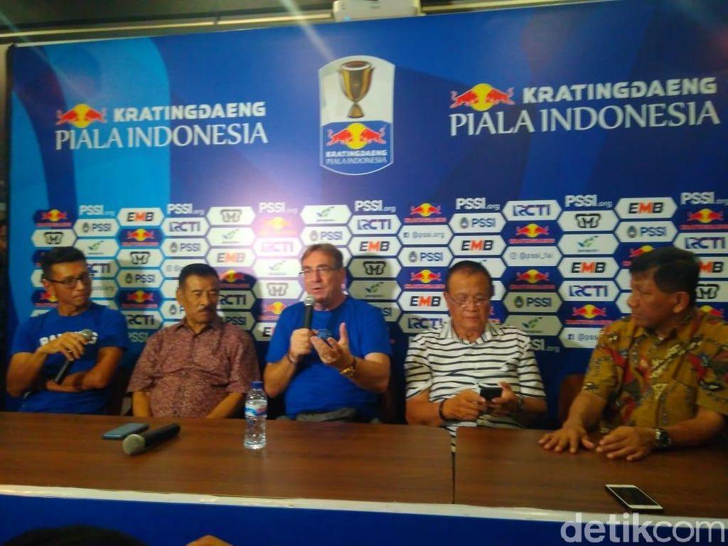 Terima Persib, Robert Rene Tolak Persija dan Madura United