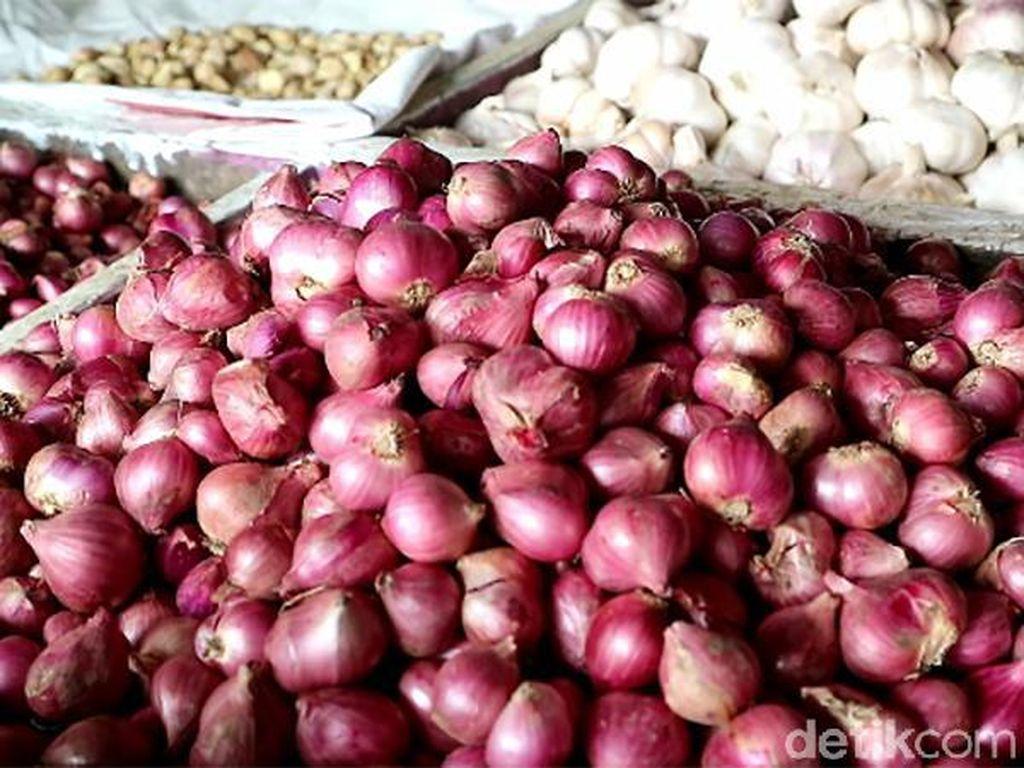 Jelang Ramadhan, Harga Bawang di Bone Melonjak
