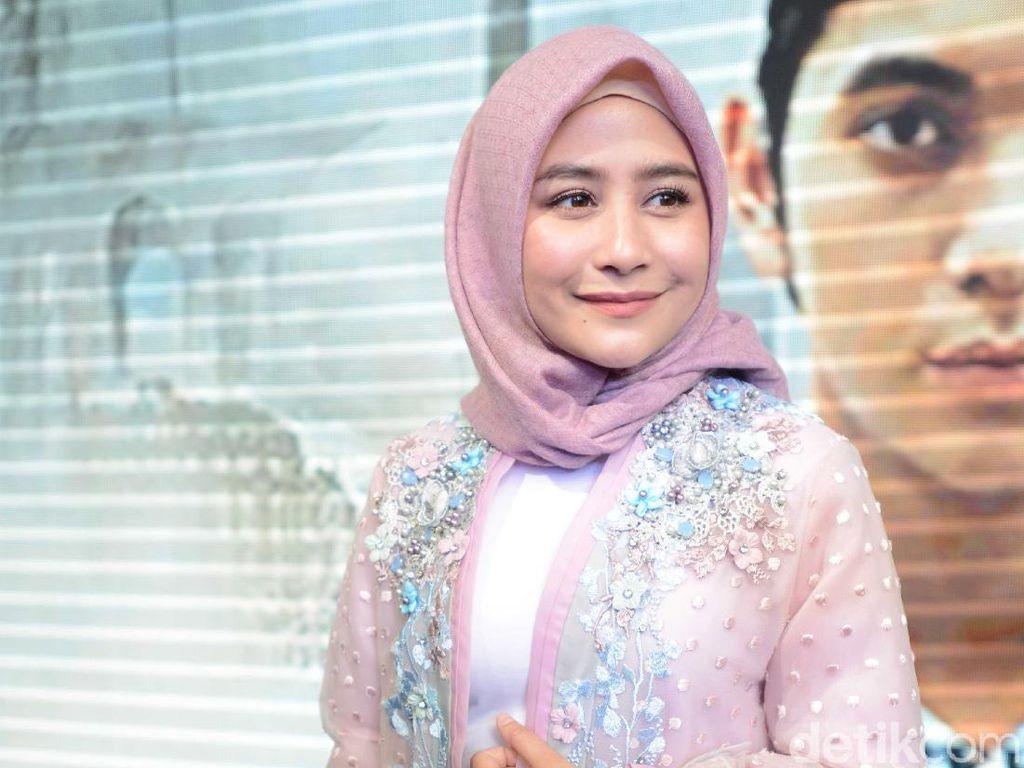 Prilly Latuconsina Kenang Kebaikan Almarhum Ustaz Arifin Ilham