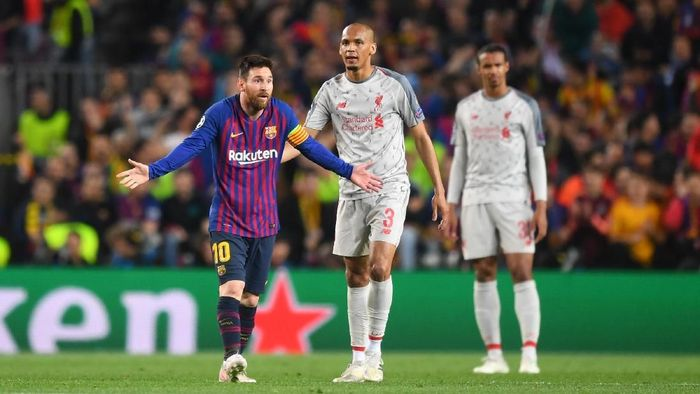 BARCELONA, SPAIN - MAY 01:   Lionel Messi of Barcelona reacts during the UEFA Champions League Semi Final first leg match between Barcelona and Liverpool at the Nou Camp on May 01, 2019 in Barcelona, Spain. (Photo by Michael Regan/Getty Images)