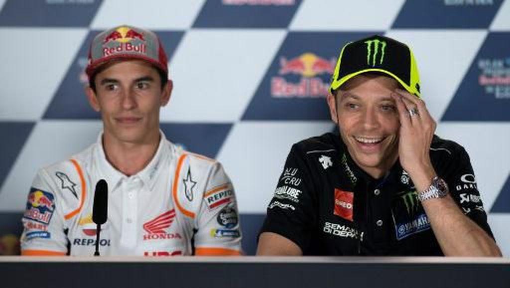 Akur, Rossi dan Marquez Duduk Bareng Jelang MotoGP Spanyol