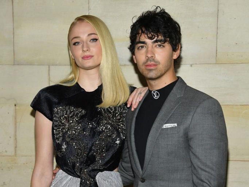 Perjalanan Cinta Sophie Turner & Joe Jonas Sampai Akhirnya Mendadak Nikah