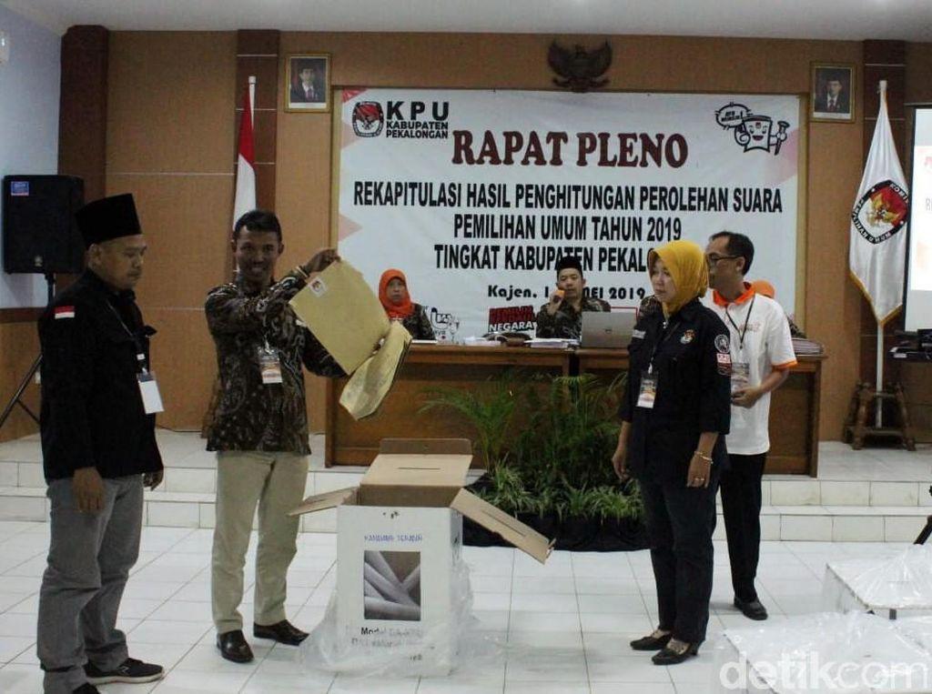 Sempat Molor, Hasil Rekapitulasi KPU Pekalongan, Jokowi Unggul