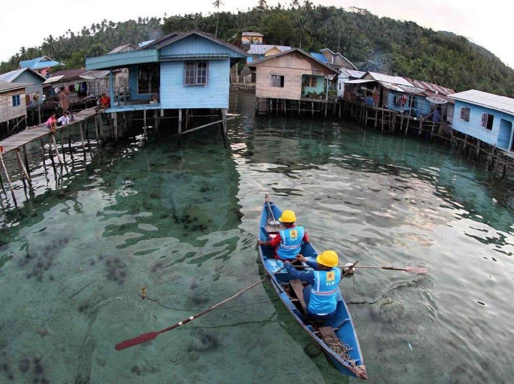 Perjuangan Terangi Natuna, Seberangi Laut hingga Tembus Hutan