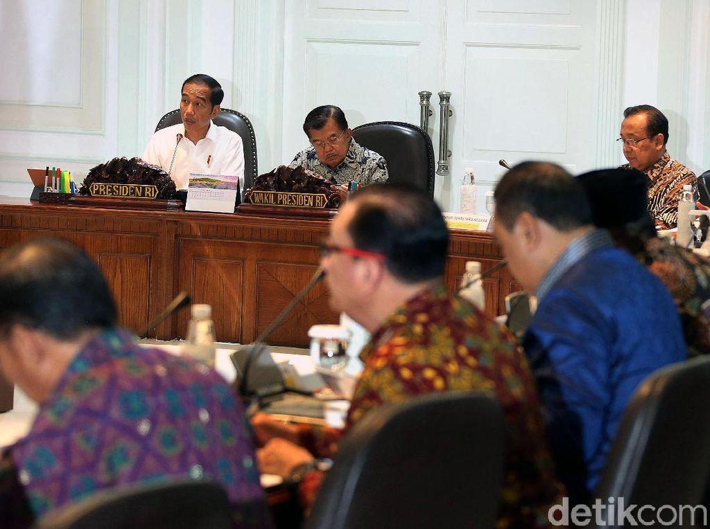 Jokowi Pimpin Ratas Bahas Masalah Pertanahan dan Idul Fitri