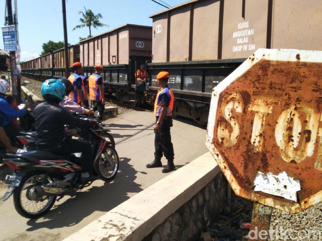Sejak 2017, 126 Perlintasan KA Tanpa Palang di Daop 4 Semarang Ditutup