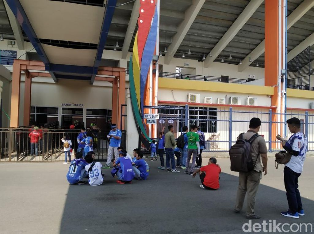 Bobotoh Birukan Stadion Si Jalak Harupat, Ungkap Prediksi Persib Vs Borneo FC