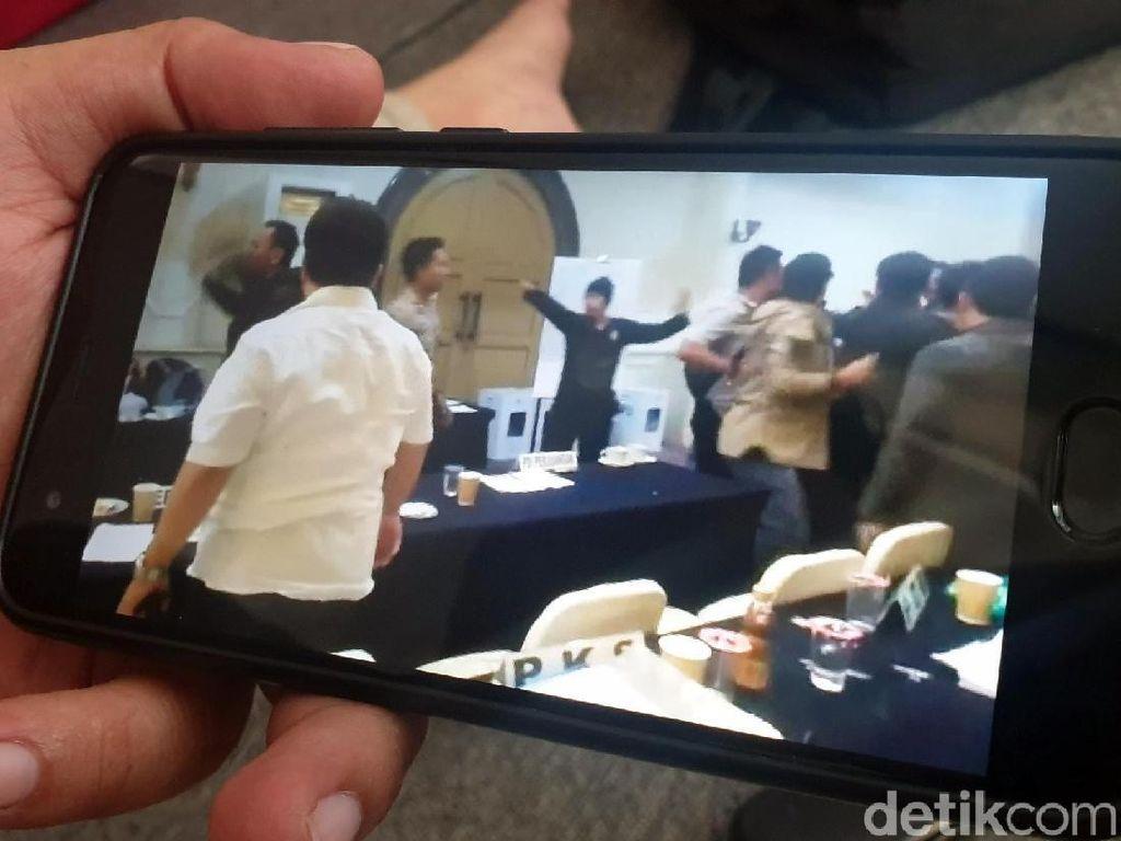 Sidang Pleno Ricuh, Ini Penjelasan Ketua KPU dan Bawaslu Cianjur
