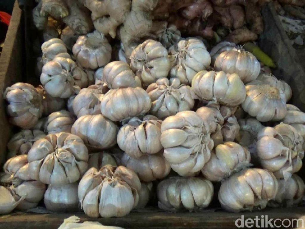 Harga Cabai dan Bawang Putih Sumbang Inflasi Ramadhan