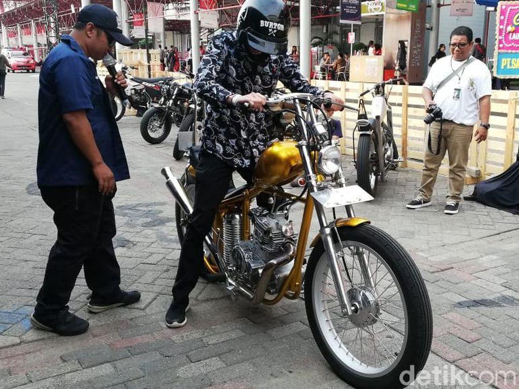 Asyik Juga Jajal Motor Jokowi!