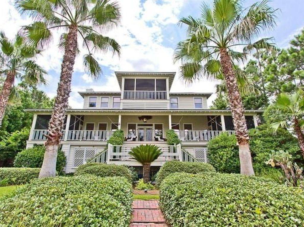 Sandra Bullock Jual Rumah Rp 91 M di Tepi Pantai, Intip Jeroannya