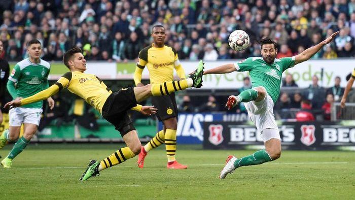 Borussia Dortmund gagal dekati Bayern Munich usai seri di markas Werder Bremen 1-1. (Foto: Fabian Bimmer / Reuters)