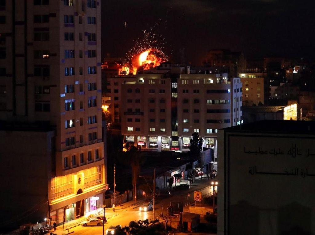 Israel Lancarkan Serangan Udara di Gaza, 19 Warga Palestina Tewas