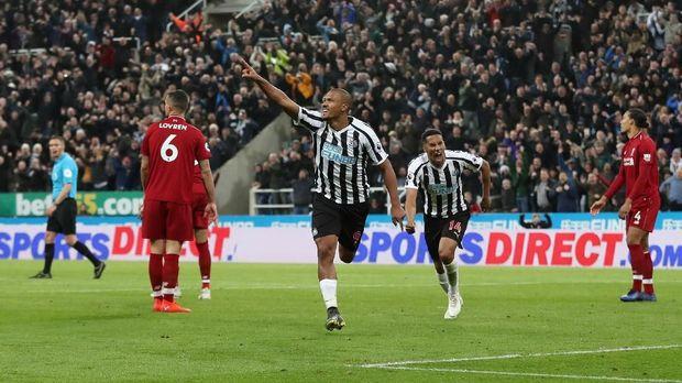 Hasil Liga Inggris: Kalahkan Newcastle, Liverpool ke Puncak Klasemen
