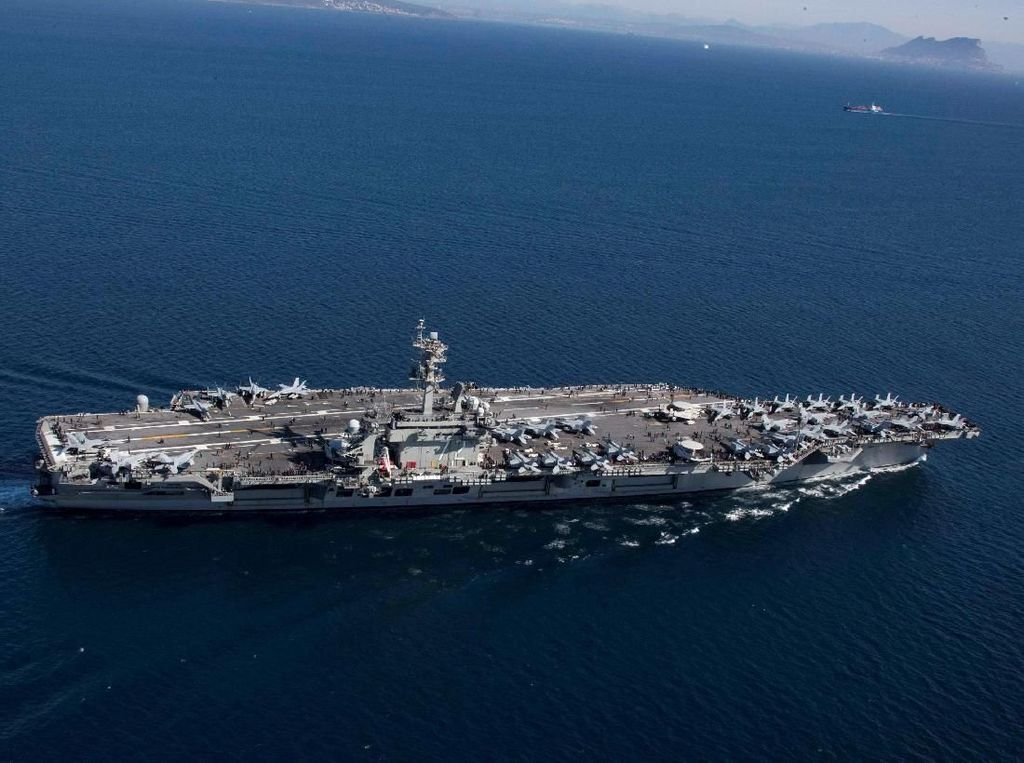 Pesan Untuk Iran, AS Kirim Kapal Induk dan Pengebom ke Timur Tengah