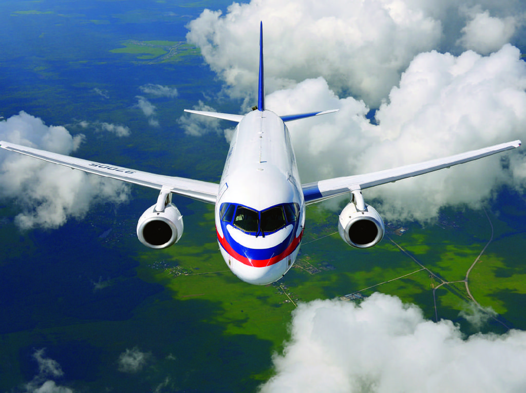 Mengenal Sukhoi Superjet 100 yang Terbakar dan Tewaskan 41 Orang di Rusia